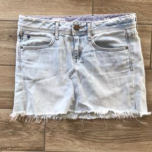 Gap miniskirt